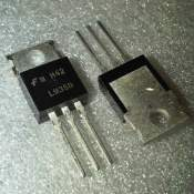 7805, 1A 5V fixed positive voltage regulator, each