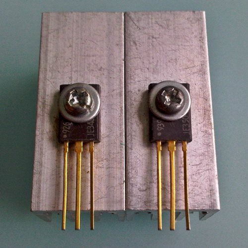 MJE340 Motorola gold, Medium-Power NPN Silicon Transistor, each -SOLD OUT